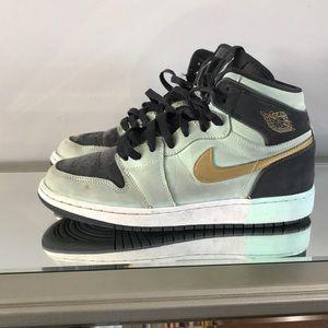 162e0530890a09 Nike Shoes - Nike Air Jordan 1 Retro High GG Mint Foam Gold 6Y